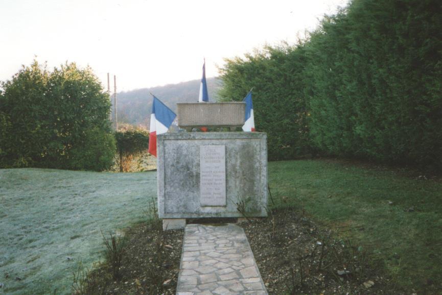 4 - monument aux morts