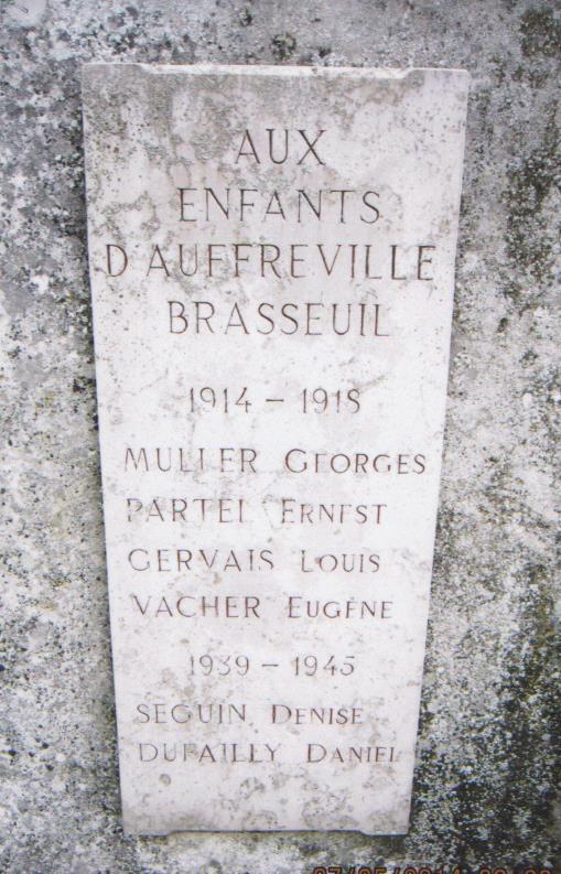 5 plaque monument aux morts
